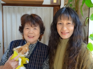 Coco and her mother in Hiroshima